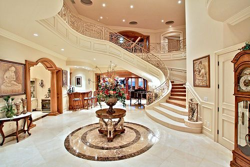 Love The Staircase. The Openness And Brightness