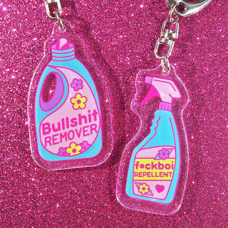 Pin by Roo on jewelry | Cute keychain, Resin crafts, Keyrings