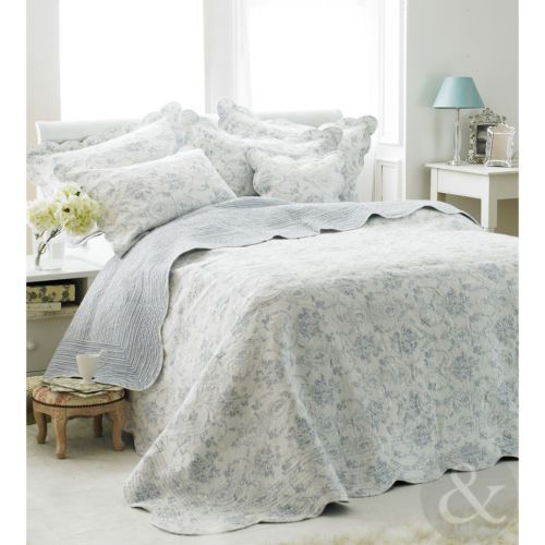french vintage toile blue bedspread u2013 luxury 100 cotton soft quilted bed throw