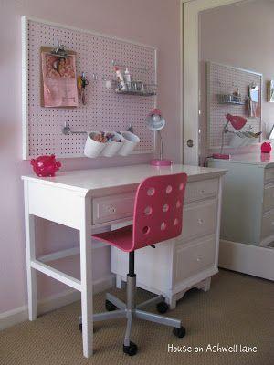 Girls Desk | Kid Stuff in 2019 | Kids room organization ...