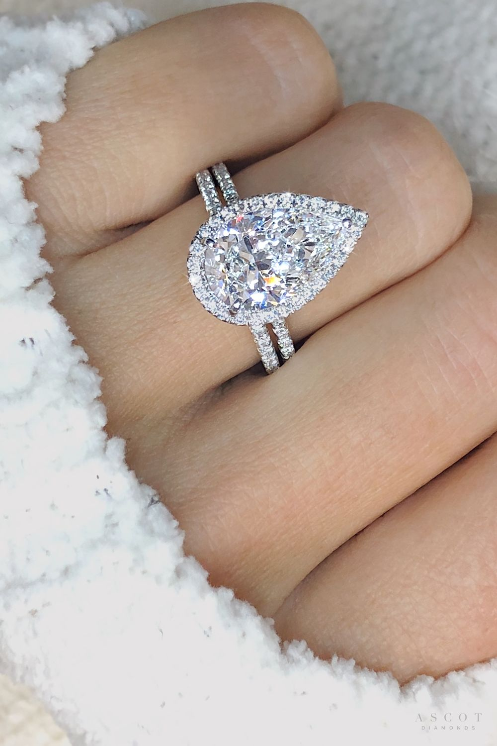 A simply sublime ️ Pear Shape Halo Diamond Ring and matching Wedding Band - Ascot Diamonds
