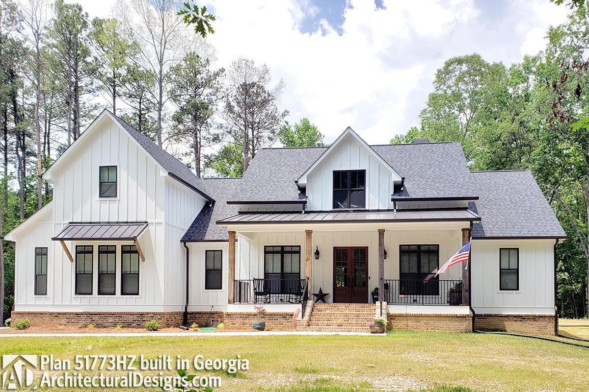 Plan 51773HZ: 4-Bed Modern Farmhouse with Bonus Over Garage