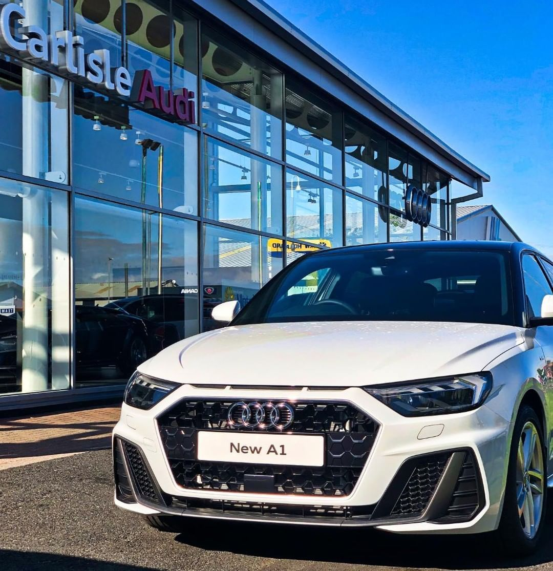 Pin By Igor Moura On Audi In 2020 Audi A1 Audi A1 Sportback Audi
