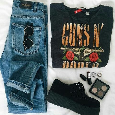 guns grunge casual