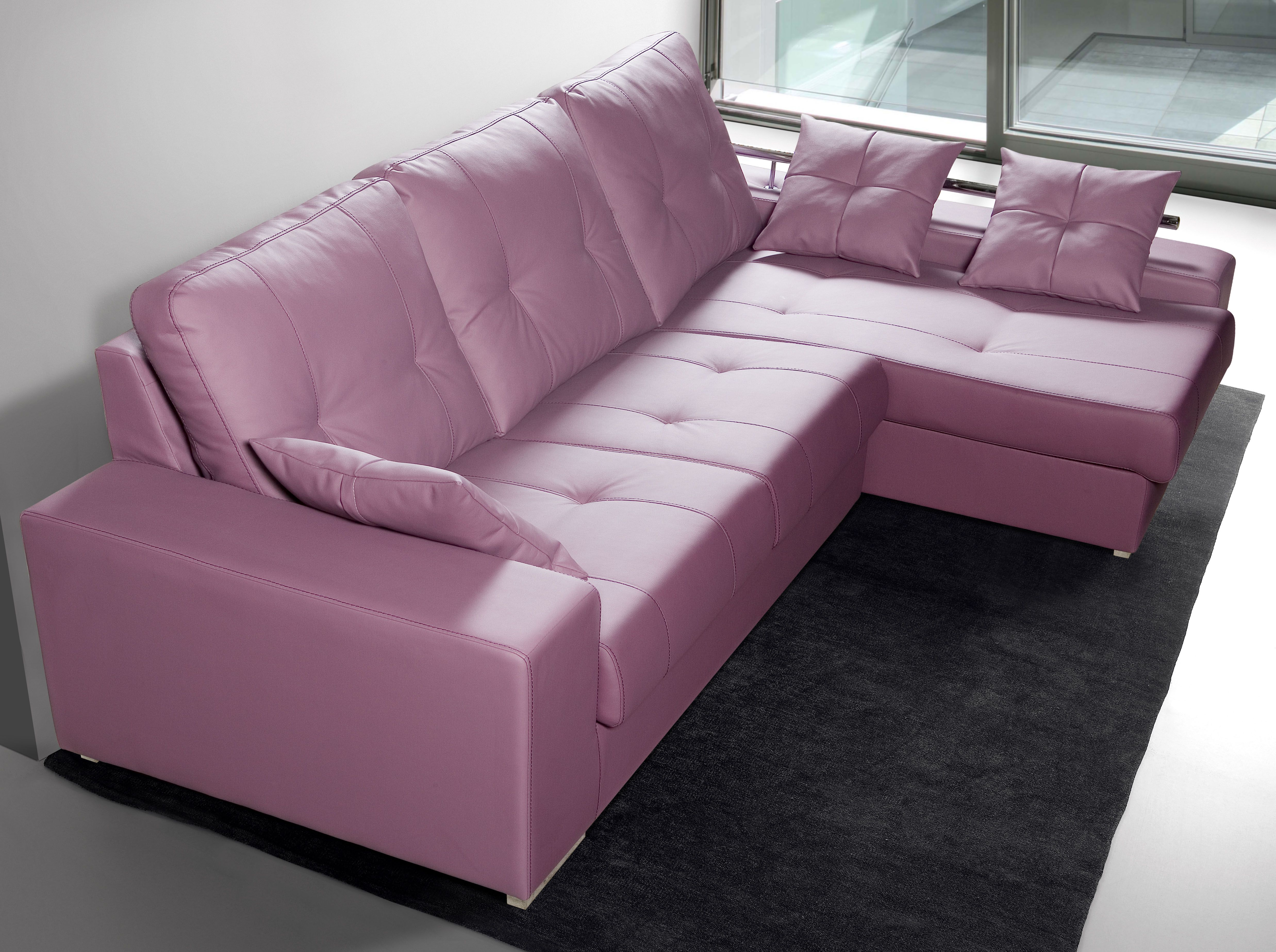 Sofá chaiselongue arrebatadoramente atractivo y funcional