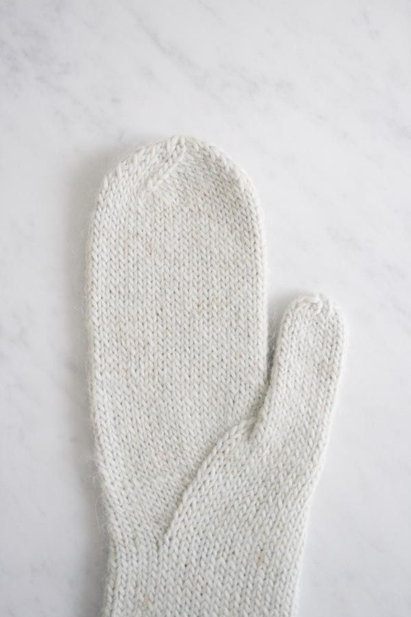 Arched Gusset Mittens | Purl Soho | KNIT | Pinterest | Mitones and ...