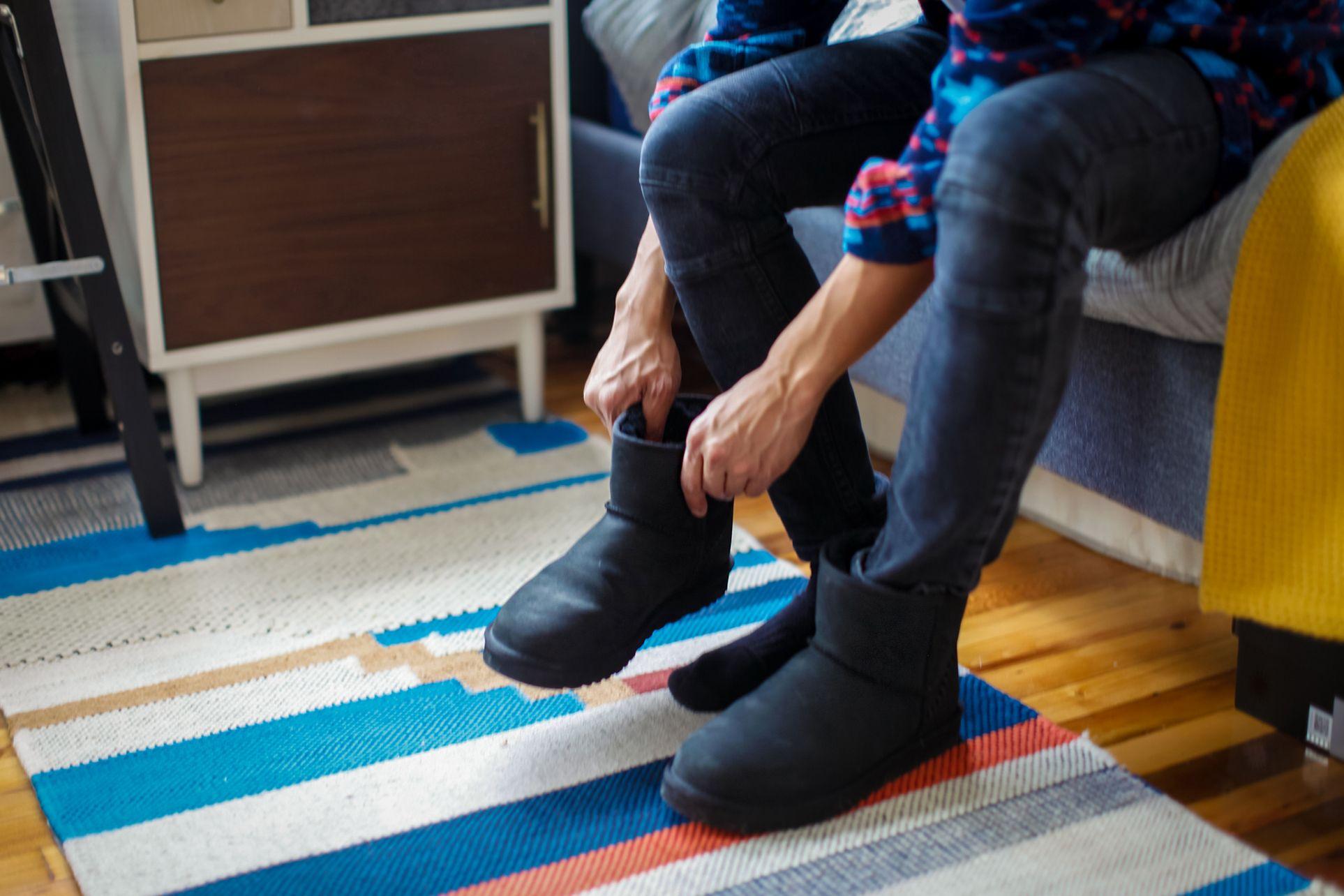 4ec5af3df46 Dog Posts on in 2019   ugg boots sale   Kids ugg boots, Ugg winter ...