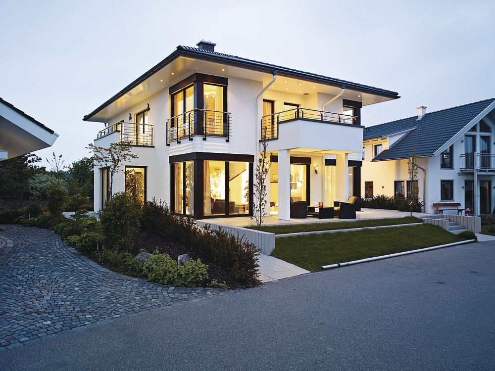 Stadtvilla m nchen poing stadtvilla pinterest for Contemporary house plans with lots of windows