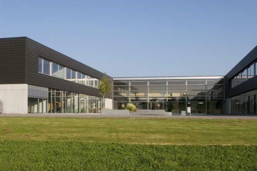 Architekt Kaiserslautern pauline thoma schule in kolbermoor germany by av1 architekten