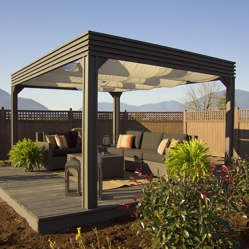 12 façons de créer de l'ombre sur la terrasse Pergola