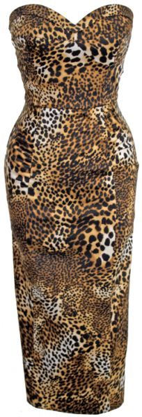 Nothing says New Year's Eve party more than a leopard print sexy strapless fitted dress | Stop Staring!