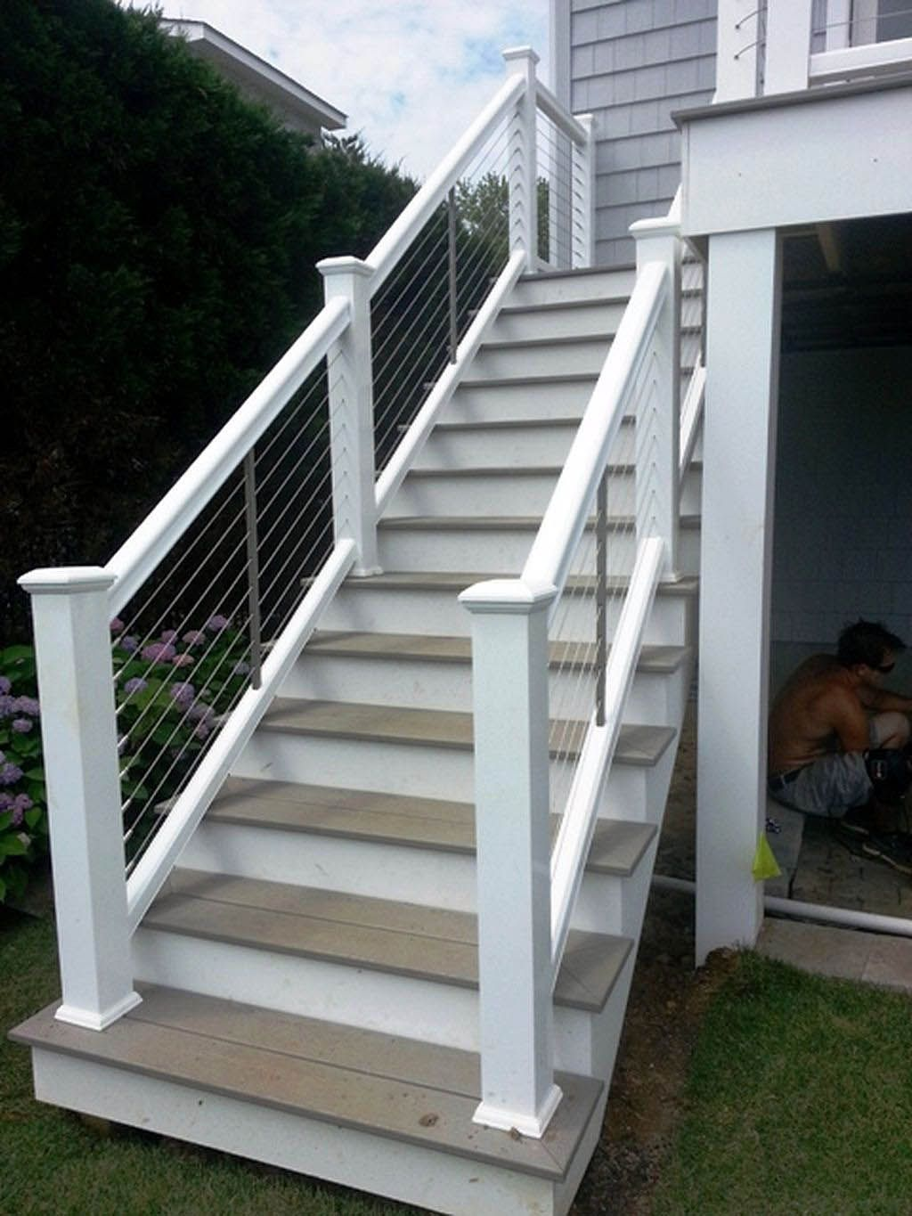 Exterior Stair Railing Ideas That You Can Build Yourself | Outdoor Deck Stair Railing