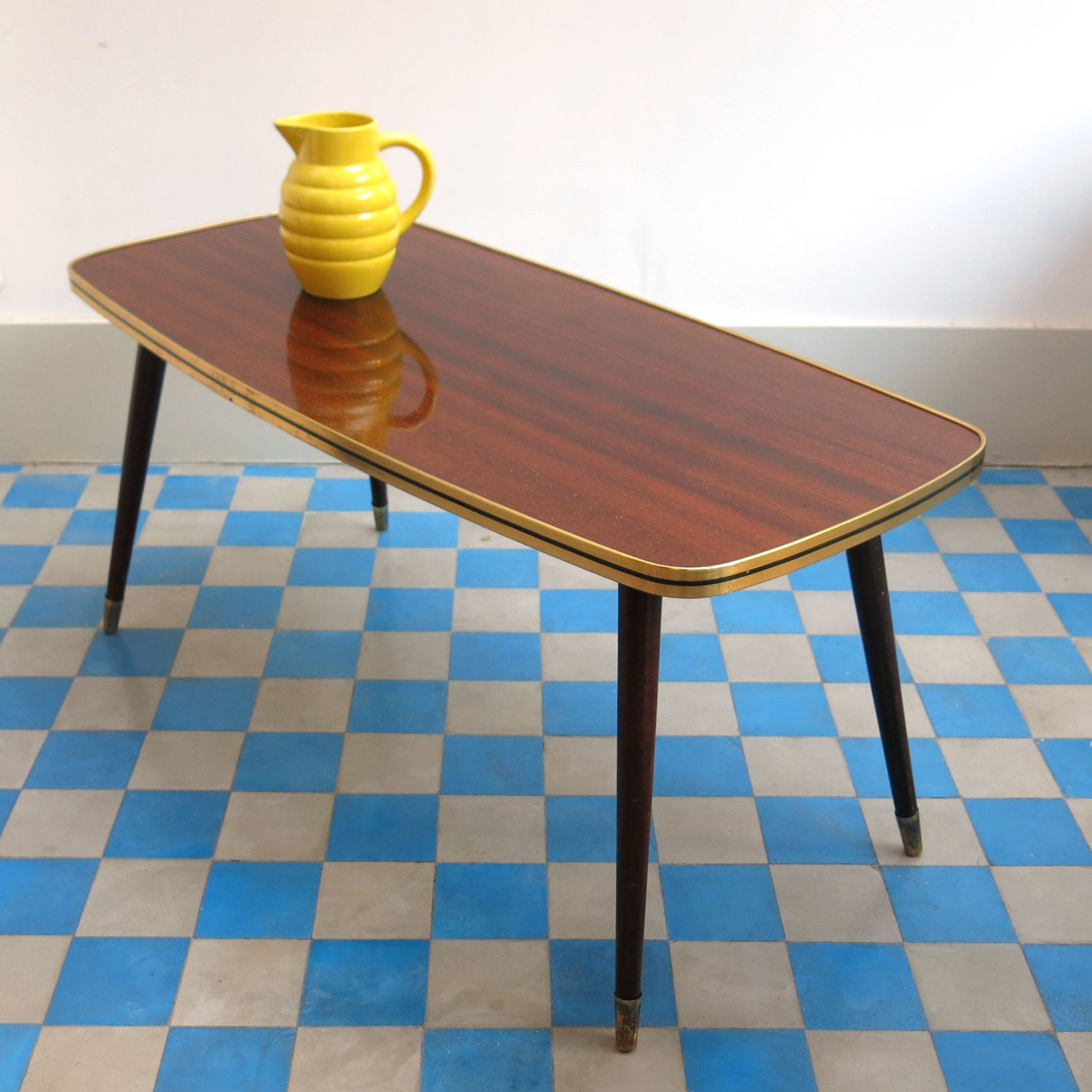 TABLE BASSE EN FORMICA MARRON REF Vintage