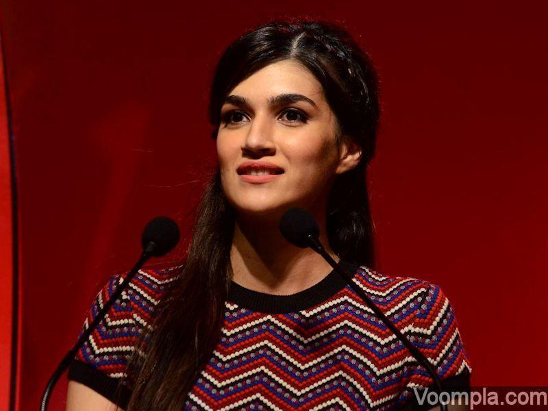 706a6a1bd6d8ad2499d1f15b6f0db98f Kriti Sanon Hairstyles - 20 Best Hairstyles of Kriti Sanon