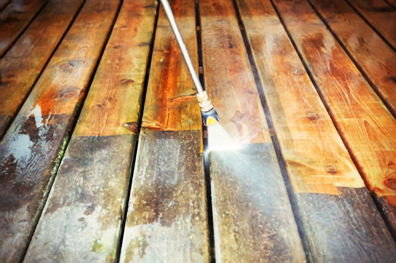 how to sand a deck for refinishing