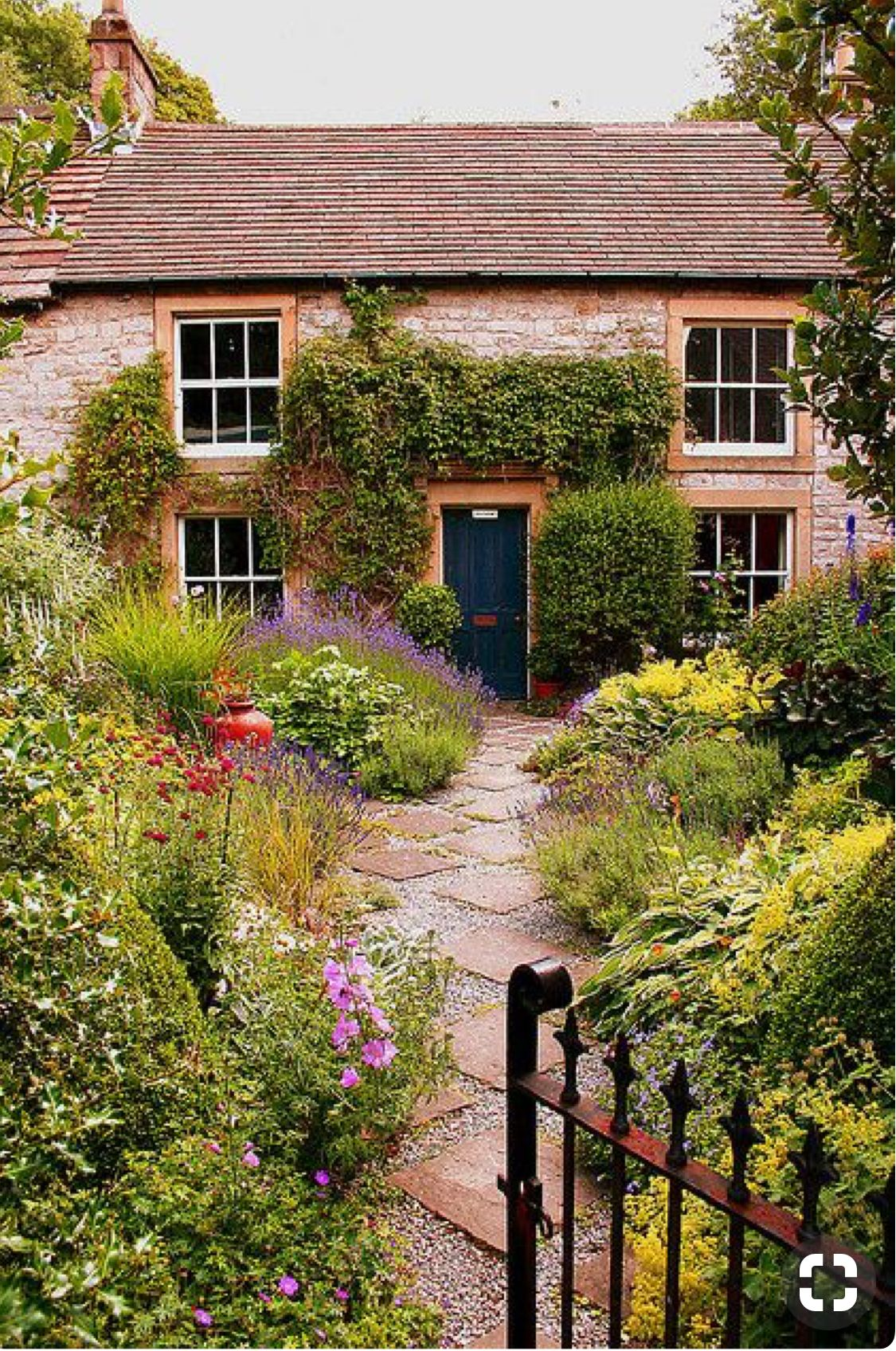 Pin by Katrina Edwards on Cottages | Pinterest | English cottages ...