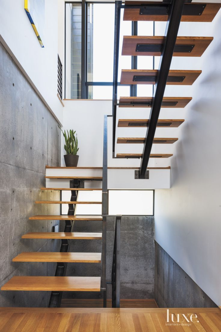 Modern white oak and steel staircase luxe halls for Modern house stairs