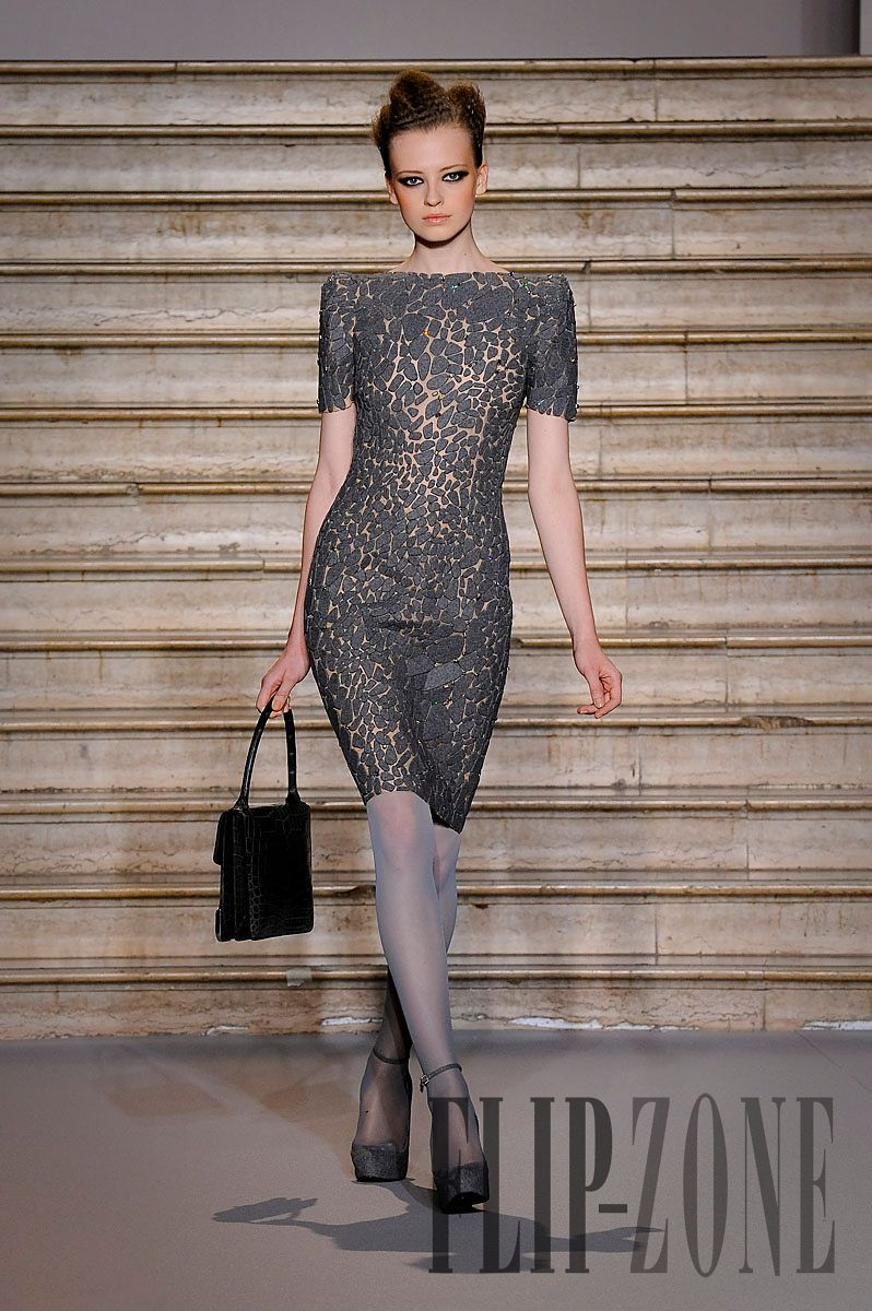 Dress with flannel around waist  Stéphane Rolland Fallwinter   Couture