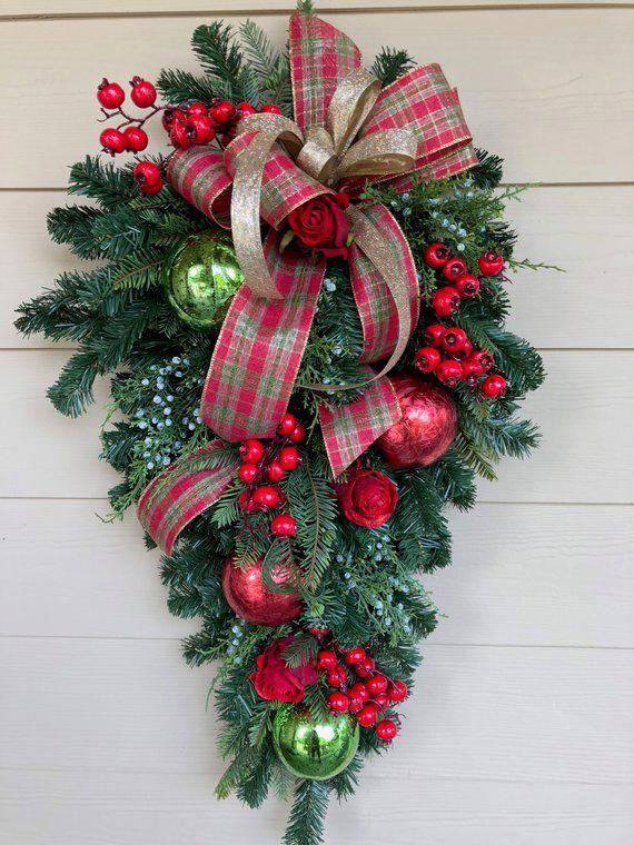 Christmas Tree Riser Christmasideasforteens Christmas Wreaths