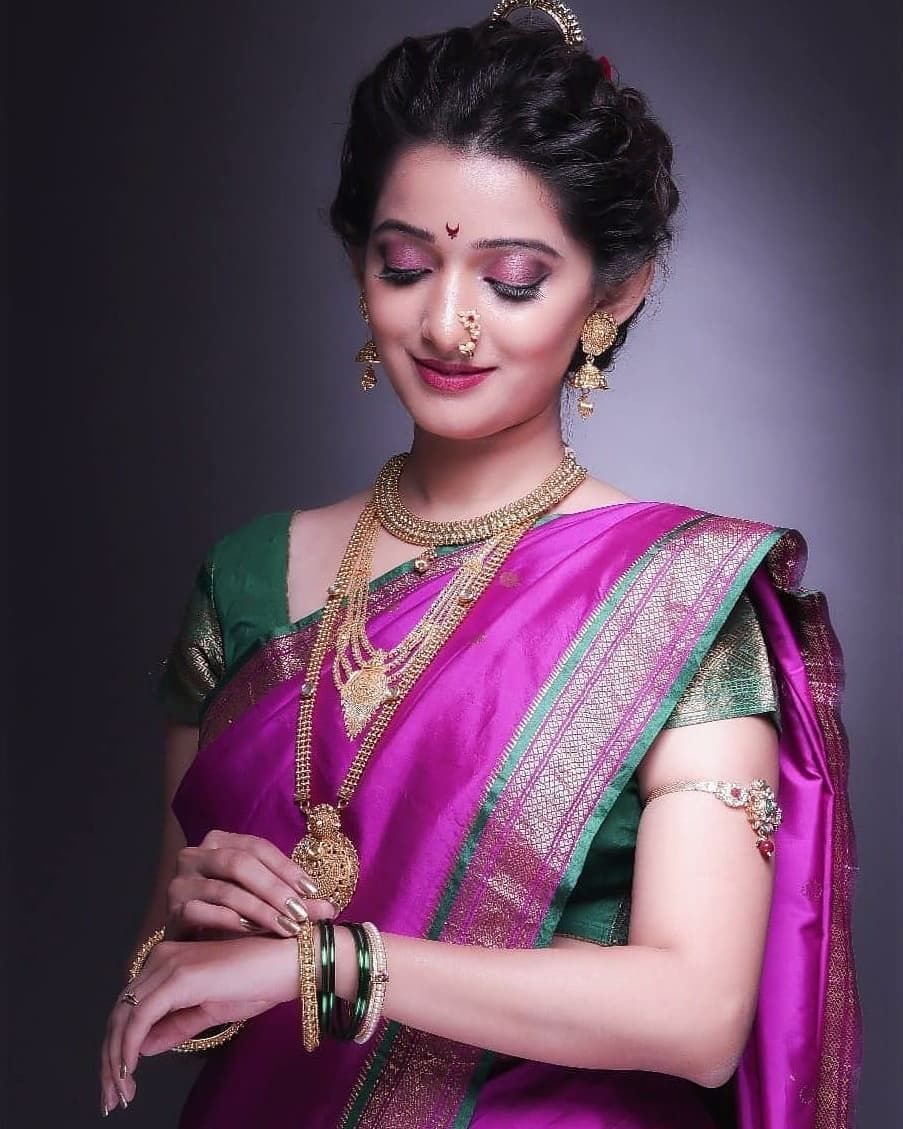 Poojapowarmakeovers Weddingmakeup Weddingmood Mumbaibride Maharashtrianbride Marathibridel Indian Bridal Makeup Indian Bridal Hairstyles Saree Hairstyles