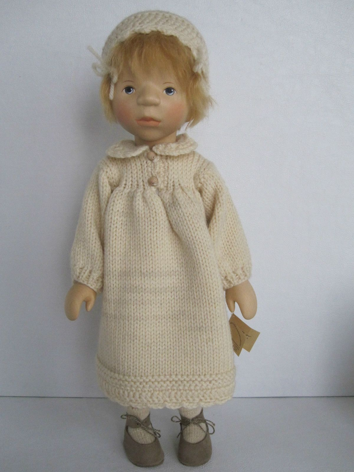 Elisabeth Pongratz All Wooden Little Girl in Hand-Knitted Outfit 83B2873P | eBay