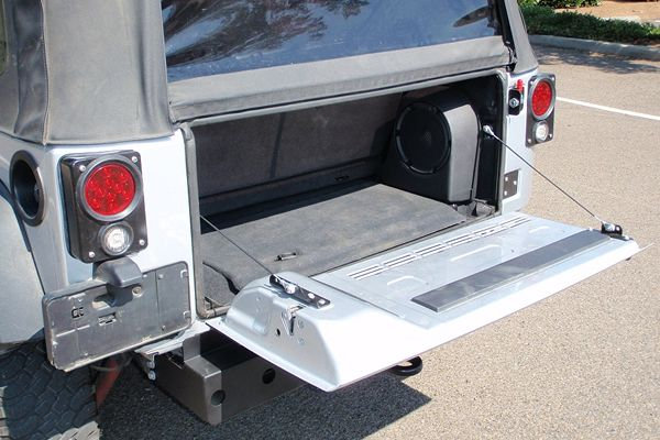 Jk Drop Down Tailgate Conversion Kit Grab A Wrench Tailgate Jeep Jk Vent Covers