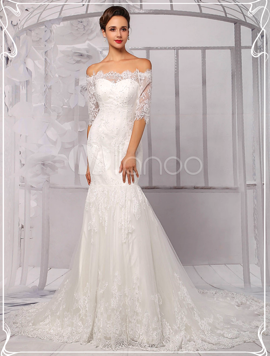 Oh so beautiful mermaid style off the shoulder lace wedding dress in