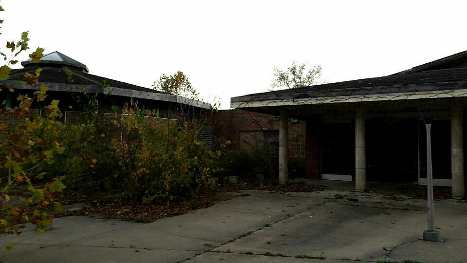 Another exterior shot of the old Woodhaven Children's Home