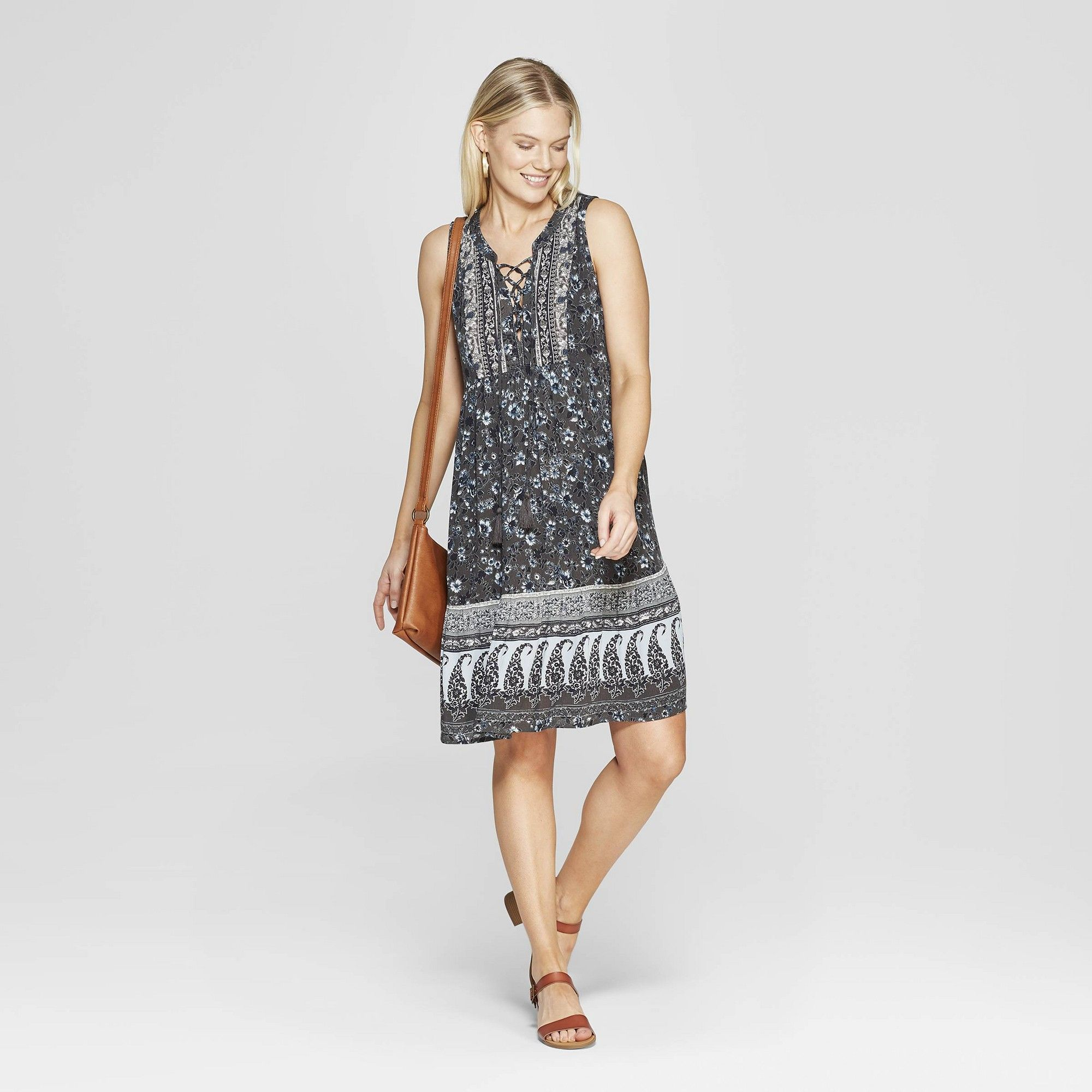 582a7c751f4 Women s Floral Print Sleeveless V-Neck Shift Mini Dress - Knox Rose Gray Xxl