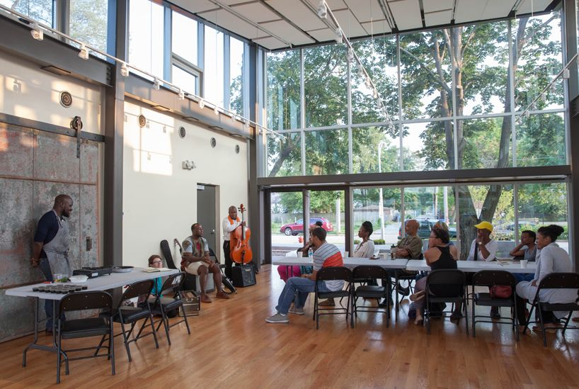 Multi Disciplinary Partnership Transforms Public Housing To Arts Incubator Public House Chicago Illinois House