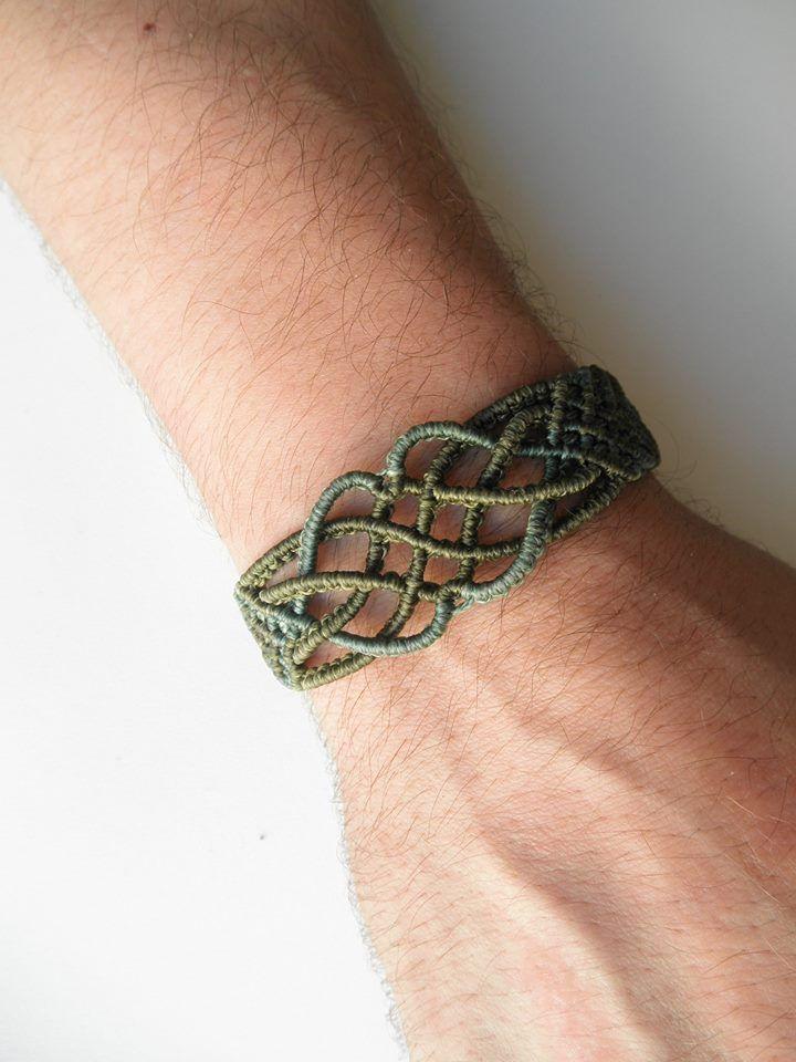 macramee bracelet macrame pinterest armband schmuck und mikro makramee. Black Bedroom Furniture Sets. Home Design Ideas