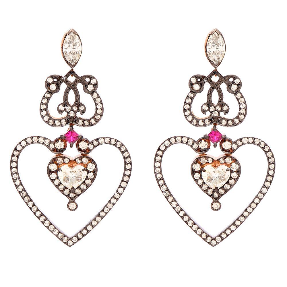 Valentine's Day jewellery. Heart earrings