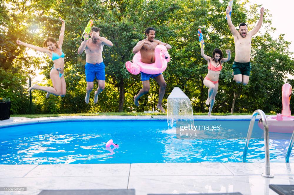 Friends Having Fun At Swimming Pool Swimming Pools Pool Swimming