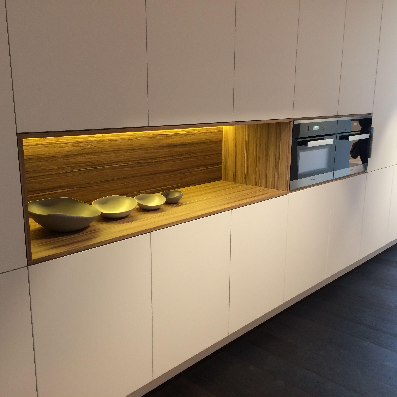 indirect licht keukens bogaert kitchen pinterest moderne h user k che und h uschen. Black Bedroom Furniture Sets. Home Design Ideas