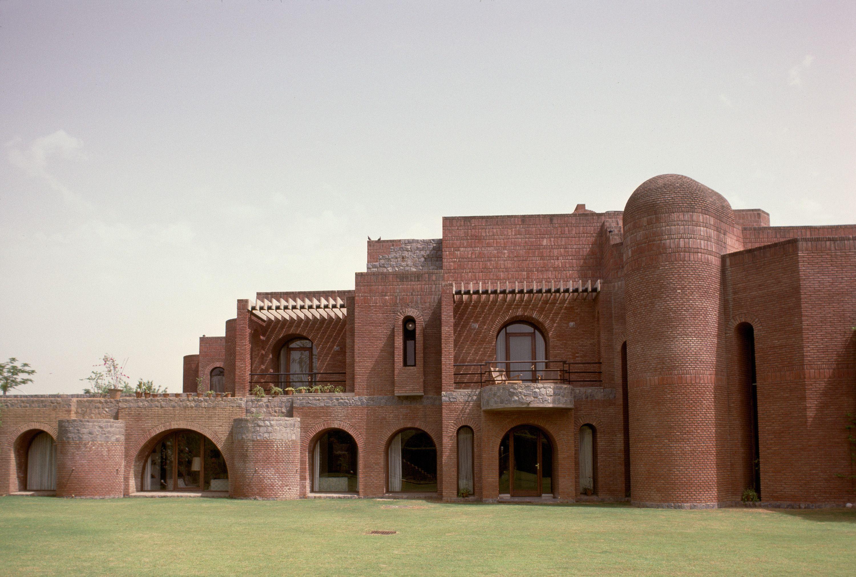 Satish gujral architect belgium embassy complex new for Architecture design company in delhi