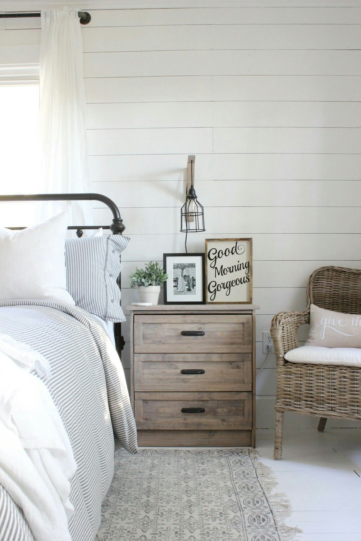 Miss Diy White And Wood Bedrooom Farmhouse Style Bedroom