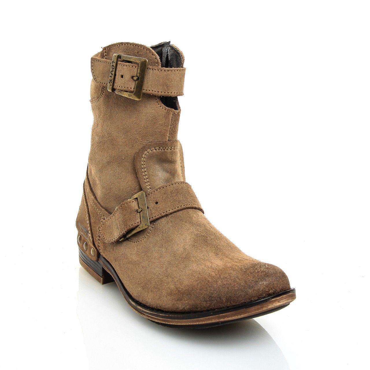 sports shoes 1602d bb618 Botas Levi s   ZAPATOS en 2019   Pinterest   Boots, Ugg boots y Shoes