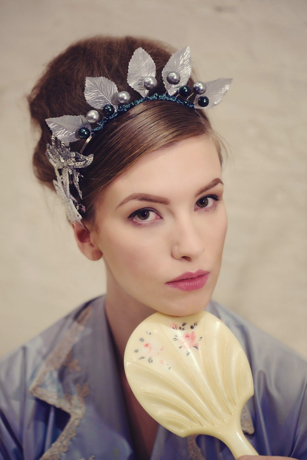 Vintage head piece#prom   Prom hair accessories, Hair ...