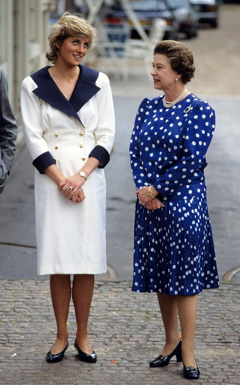 The Princess of Wales and Queen Elizabeth II at Clarence House in 1987
