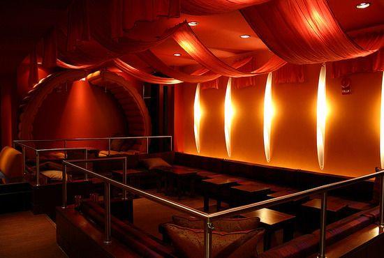 Lounge tantra Yoni Massage