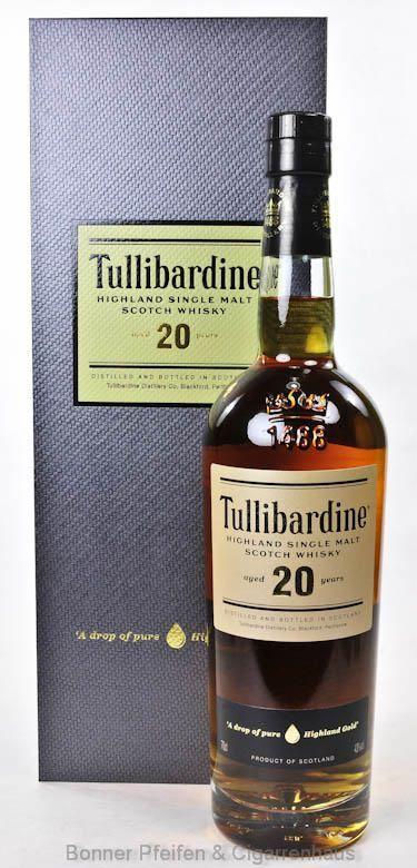 Tullibardine Whisky 20 y.o. Region : Highlands nur eine Flasche 43 % alc./vol. 0,7l mit Farbstoff Fassart : First fill Bourbon Fässer Nase : Vanille, Honig Geschmack : Leichte Süße, etwas gehaltvoll, leicht malzig mit Vanillenoten Finish : Würzig, leicht malzig, trocken