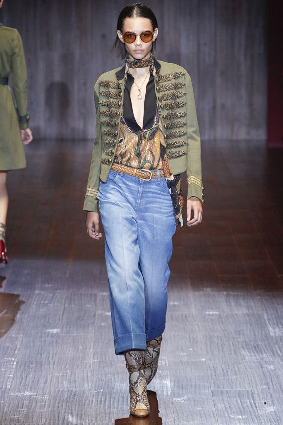 Interesting look, many textures, easy to wear, fun! Gucci rtw Spring 2015 Runway