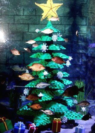 DIY Lego Aquarium Christmas Decor - PetDIYs.com - DIY Lego Aquarium Christmas Decor - PetDIYs.com Turtle Stuff