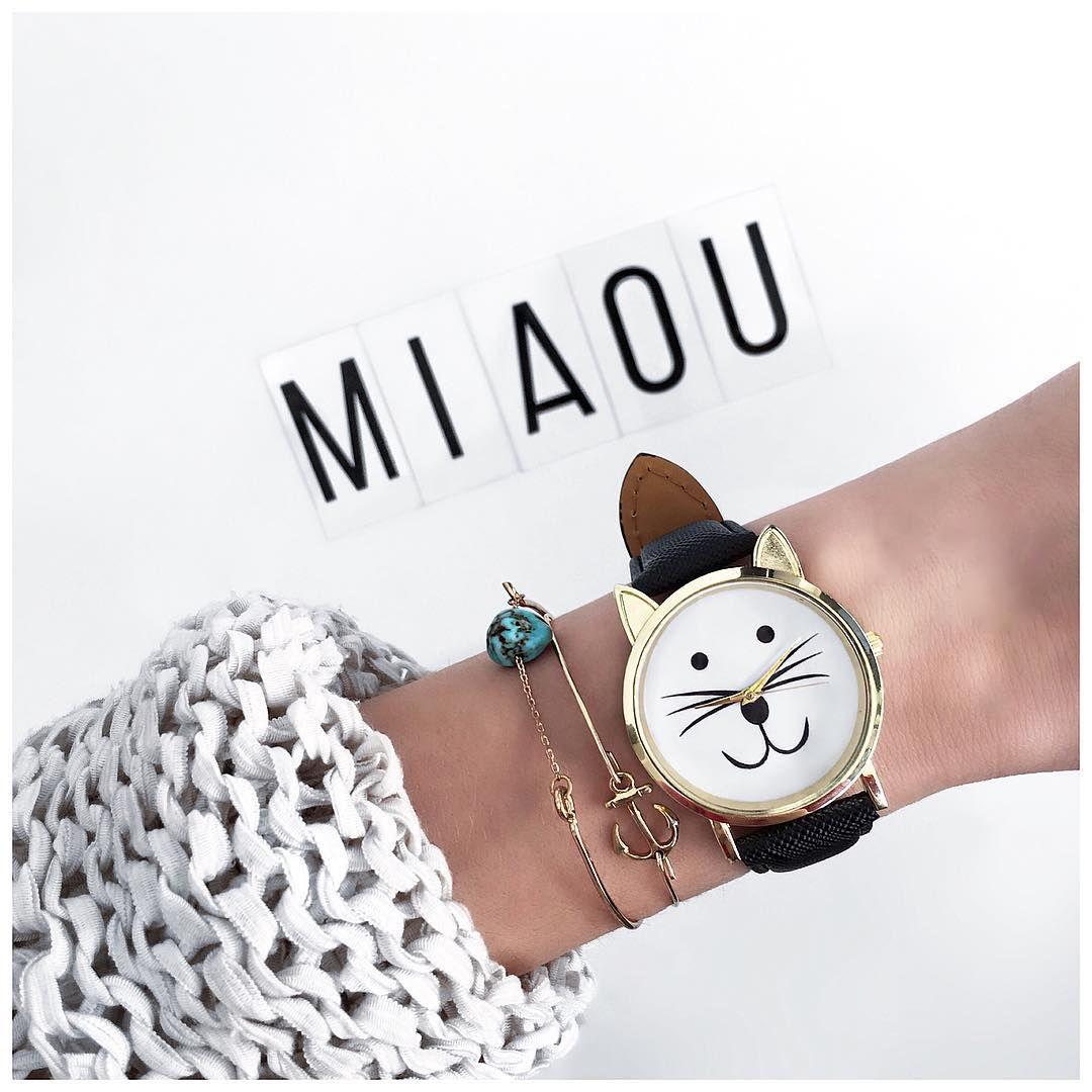 Instagram @chichisinparis #fashion #fashionblogger #minimalist #monochrome #paris