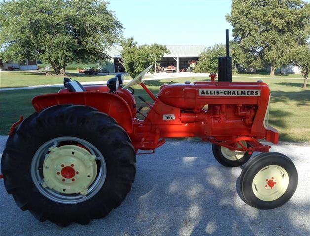 AC Allis Chalmers D12 Series III    quite a few of these