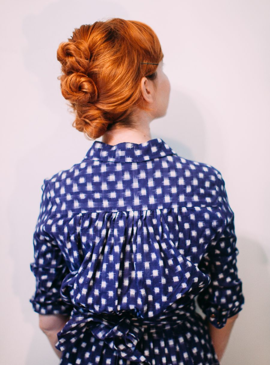 Easy messy updo for shorter hair a beautiful mess messy updo