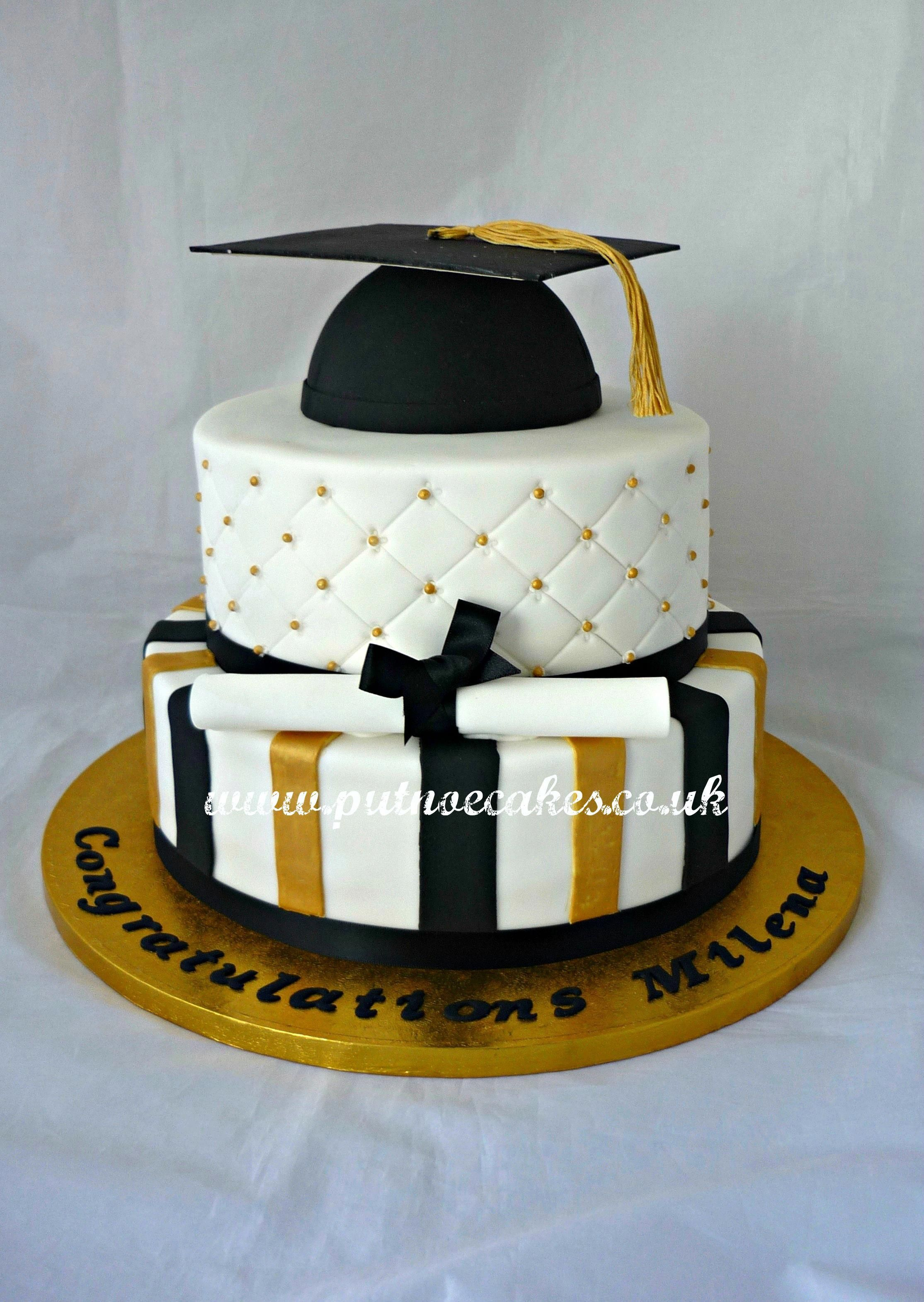 Pin On Graduation Cakes