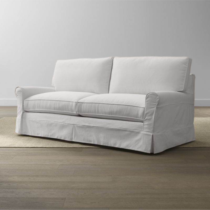 Keep Your Harborside Apartment Sofa Looking As Fresh As The Day You Brought It Home With This Convenient Carefree Replace Apartment Sofa Stylish Sofa Bed Sofa