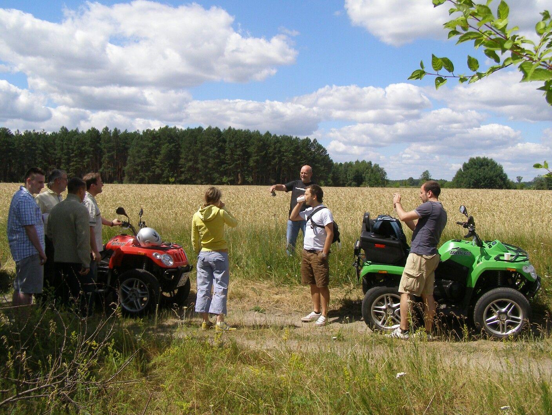 dd8d9d27bc Familie und Freunde und Quad fahren i Teltow Fläming | Quad | Quad ...