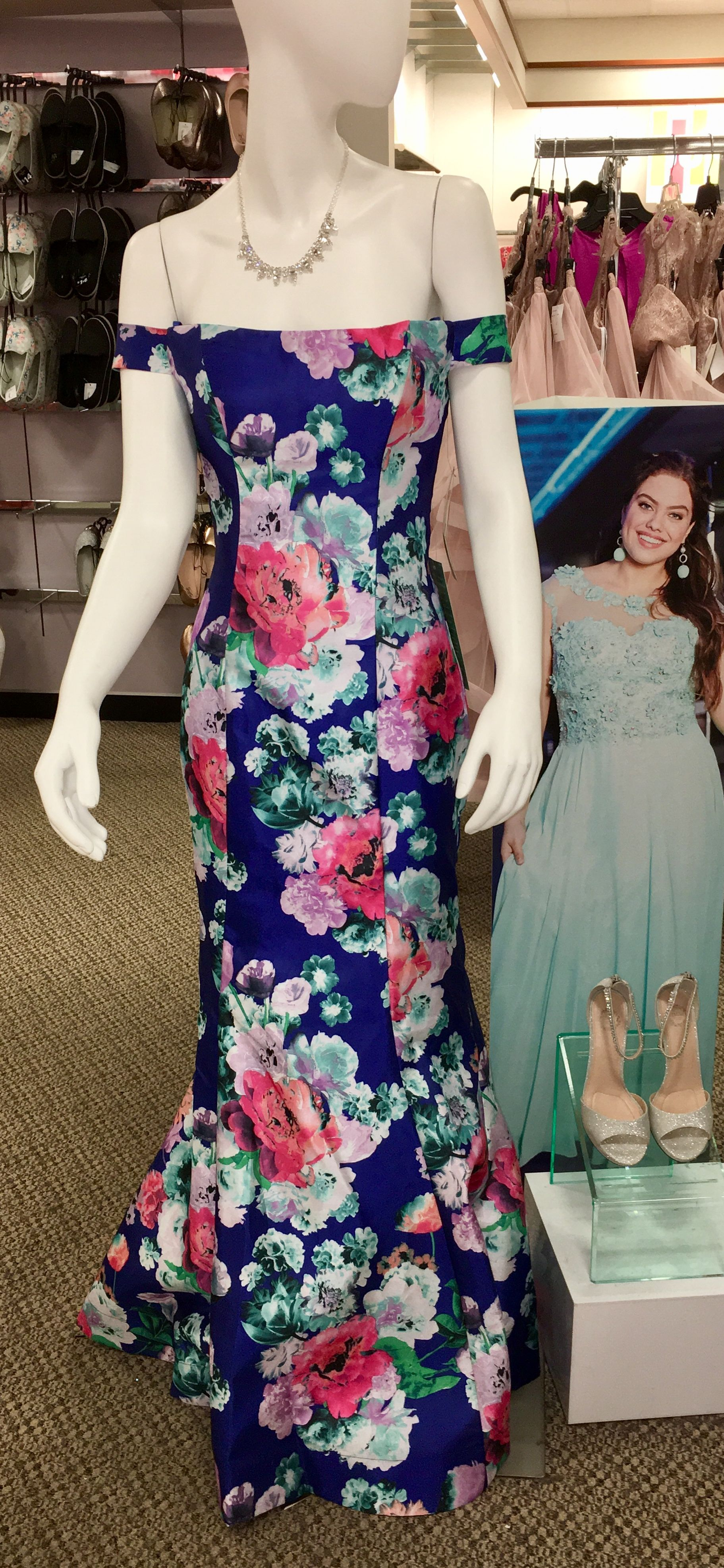 Saw This Prom Dress At Jcpenney And Thought It Would Make A Gorgeous Bridesmaid Stunning Wedding Dresses Wedding Bridesmaids Dresses Blue Fresh Bridal Bouquets [ 3950 x 1823 Pixel ]